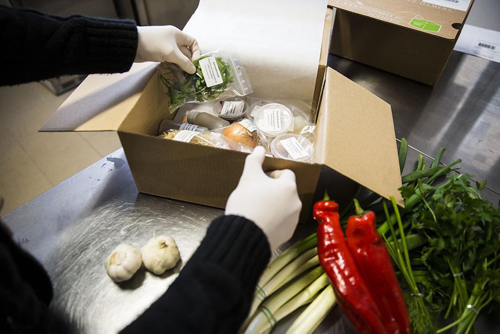 Kitchen box Egyud Barbara 2016.01.26 foto:Horvath Peter Gyula