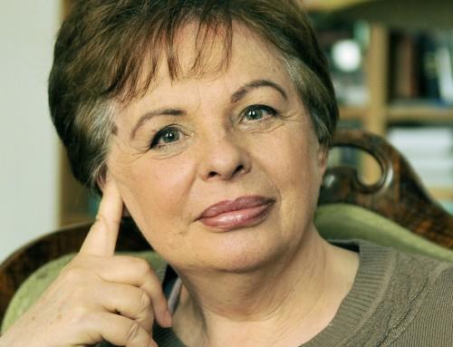 """""""Kétféle emlékezés van"""" – Beszélgetés Rakovszky Zsuzsával"""