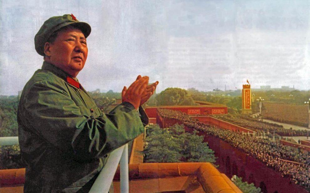 Mao Ce-tung bírálatáért elbocsátottak egy tisztségviselőt Kínában